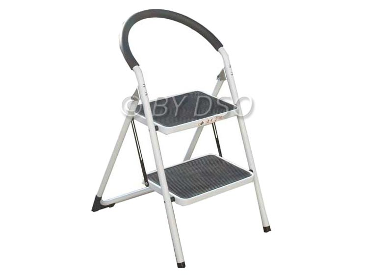 Lightweight Extra Wide 2 Tread Step Ladder with Foam Protector 150Kg